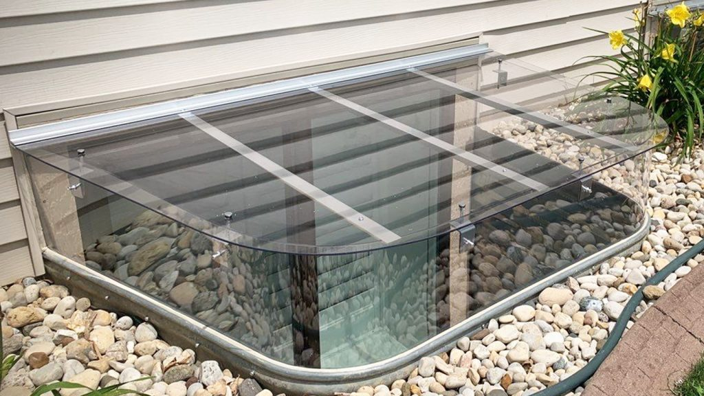 window well cover with wrap around riser